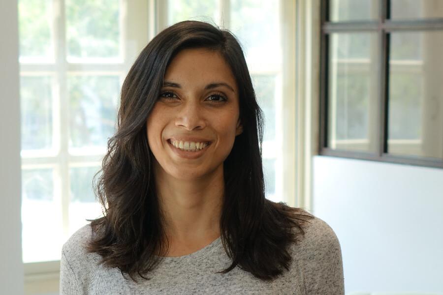 Portrait von KOPFSACHE Gruenderin Jamila