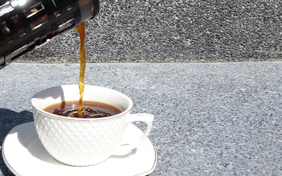 Kaffee mit Kokosöl für den besonderen Energie-Kick – dein natürlicher Bulletproof Kaffee